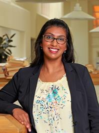 Harshna McDaniel, Senior Legal Assistant